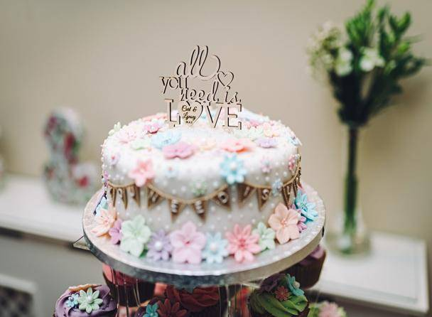 Briery Wood wedding cake