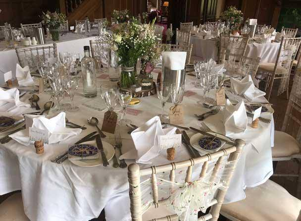 Cragwood round table wedding breakfast image