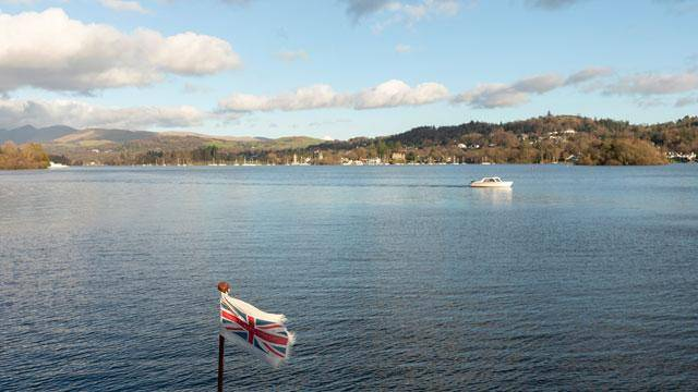 self drive on Lake Windermere